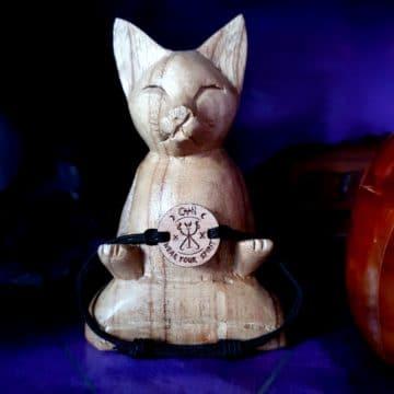 bijoux bois suisse avec sigil paix intérieure CoVeN